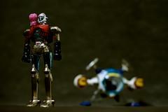 Grag, Limaille et le Cosmolem (la mirgue) Tags: metal vintage toys nikon die ship cast figurine 80 figures popy flam bandai jouets capitaine vaisseau années limaille glague d7000