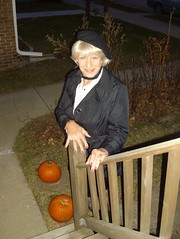 Laurette Victoria (Laurette Victoria) Tags: wisconsin outside outdoors nails jacket milwaukee blonde beret kerchief laurette laurettevictoria