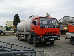 Cypriot T45 8 wheeler (Renown) Tags: truck cyprus lorry tanker trucking leyland roadtrain t45 cypriot haulage constructor 8wheeler um423