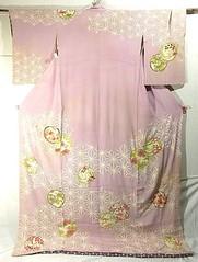 Asanoa Hikizuri (TsurukoMaiko) Tags: japan vintage japanese antique silk textile maiko geiko geisha kimono trailing hikizuri susohiki