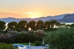 Bardolino, Lake Garda, Italy July 2016 083 (tango-) Tags: lagodigarda italia italien bardolino