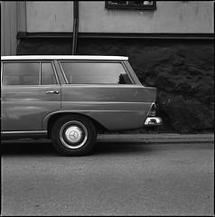 (k.e.k.) Tags: hasselblad500cm kodaktrix400 film analog mediumformat 6x6 square 120 bw hasselblad 500cm zeiss 80mm planar kodak trix 400 400tx stockholm sweden