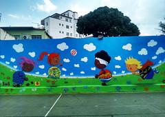 mural quadra (BENET - BNT) Tags: graffiti infantil escola spray bnt benet art arte custom work paint pintura