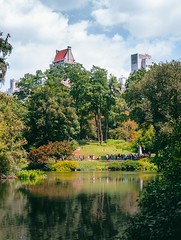 Central Perk. If you get the reference, you can have a gold star  (dananguyen) Tags: centralpark centralperk nyc newyork newyorkcity bigapple vacation summer 2016 landscape america canont3i canon