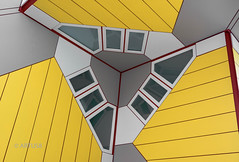 Kubus Triangle (ARTUS8f) Tags: abstrakt color colour farbe flickr kubus linien muster pattern rotterdam