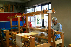 (RAIL REED & weaving) Tags: looms weavers summercourses weavehackers