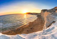 Scala dei turchi (Fausto Schiliro' R. (faustoschilirorubino.com)) Tags: sicily agrigento beach sunset sun colors scaladeiturchi