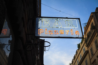 Bar & Pizzeria Neon Sign Rome