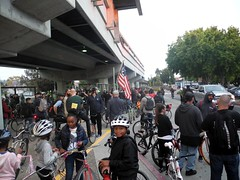 start: el cerrito BART (citymaus) Tags: ebbp eastbay bike party eastbaybikeparty august 2016 bayarea bicycle bicycles ride rides group elcerrito bart kids black children boy boys station