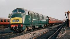 D821 at Kidderminster (Decibel Dave) Tags: d821 class42 diesellocomotive dieselhydraulic maybach severnvalleyrailway britishrailways