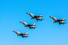 Thunderbirds NY Airshow 2016 (tspottr723) Tags: f16 general dynamics viper tight formation thunderbirds usaf us air force usa nikon d7100 tamron 150600 aviation military show jet jets fighters fighter tactical command ny new york stewart international airport