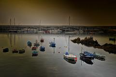 El puerto (JC Arranz) Tags: españa atardecer asturias cudillero mar oscuridad barcos puerto nikon d3200 crepúsculo cantábrico pesqueros