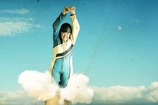 Bombing 'Vonne the Human Cannonball