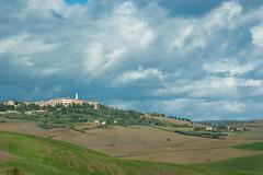 Val d'Orcia (Fulvio Varone) Tags: italy italia sony hills tuscany pienza toscana valdorcia colline ulivi pecorino cipressi sanquirico a350 alpha350