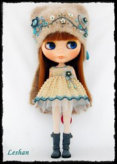 New Set (Leshan1) Tags: hat doll dress crochet blythe leshan rbl feltedhat dolldress blythedress dollcrochet blythecrochet beatricevest leshancrochet