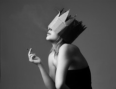 Citizen (Mila F. Photography) Tags: portrait bw anna girl pose studio cool smoke mila crown
