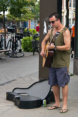 Kingston, ON (Martin Ujlaki) Tags: streetmusician urbanstroll kingstonon musicienderue martinujlaki