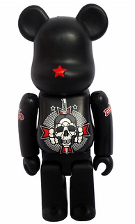 "David Flores 藝術展 ""It's been a minute"" 開催記念BE@RBRICK"