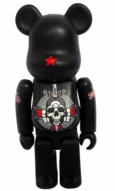 """David Flores 藝術展 """"It's been a minute"""" 開催記念BE@RBRICK"""
