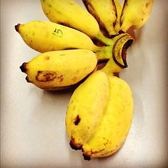 กะ กะ กละ กล้วยแฝดดดด *0* ... ต้อนรับวันหวยออก อิอิ :p