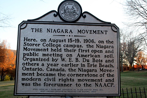 dubois speech to niagara movement W e b dubois analysis in his speech, dubois' use of language achieves a number of differentiating purposes one purpose, like many abolitionists before him, is to make clear that.