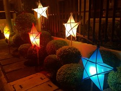 Light up the stars (lorenzoembalsado) Tags: christmas garden lights star christmaslights parol