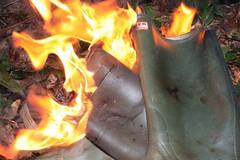 IMG_9939 (sim_hom) Tags: burning wellies