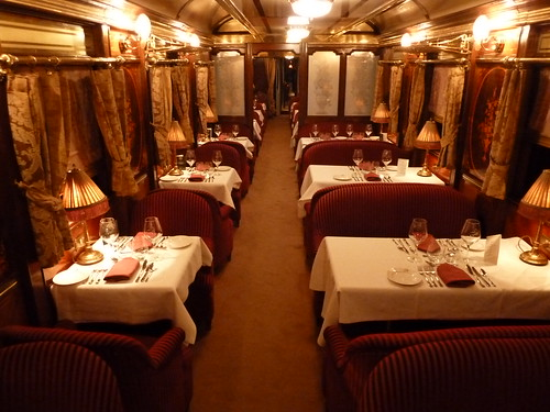 AL Andalus - luxury train in Spain, restaurant car