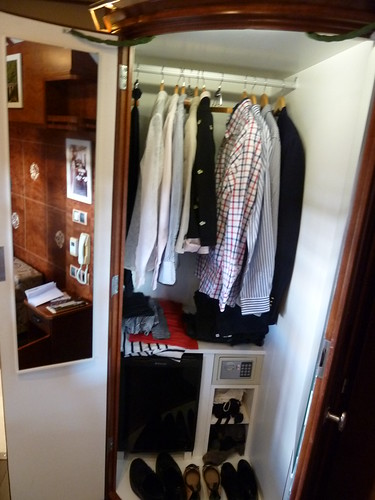 AL Andalus - luxury train in Spain - Superior Suite, cupboard closet with safe