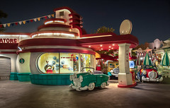 "Pete's Garage - Toontown Disenyland • <a style=""font-size:0.8em;"" href=""http://www.flickr.com/photos/85864407@N08/8238411302/"" target=""_blank"">View on Flickr</a>"