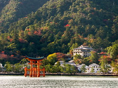 Itsukushima Shrine (B r u N N o) Tags: island shrine miyajima torii itsukushima
