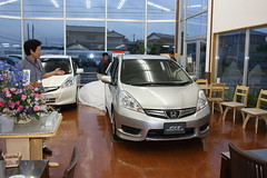 Honda Shuttle (Fit Shuttle) (SDA007) Tags: honda japan jdm fit shuttle showroom dealer