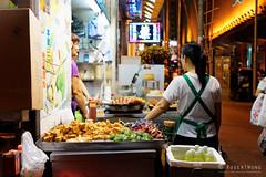 20160831-24-Street stall (Roger T Wong) Tags: 2016 hongkong mongkok rogertwong sel2470z sony2470 sonya7ii sonyalpha7ii sonyfe2470mmf4zaosscarlzeissvariotessart sonyilce7m2 lights night shopkeeper signs street travel