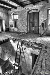 Piani - Floors (Pablos55) Tags: scala legno soffitta mulino vecchio stair wood loft mill old