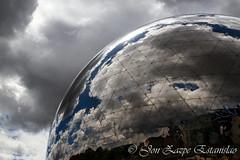 Sky Geode (Jon Zazpe) Tags: paris geode europe francia france europa reflection reflejos sky cloud clouds azul blue cielo esfera geoda sciencies ciencias parc de la villete 7d canon tamron 17 50 f28 arquitectura arquitecture urban city cityscape contrast