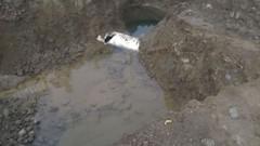 AV. 14 DE AGOSTO: AVANZAN TRABAJOS EN ARREGLOS DE GUAS DEL AGUA POTABLE (aguasdelchunoep) Tags: aguasdelchuno 14deagosto arreglos guasaguapotable medidores