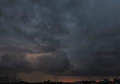 les ondes colores (laetitiablabla) Tags: ciel sky nuage cloud pluie rain coucher soleil sunset val marne ile france banlieue suburb creative poetry glory lovers