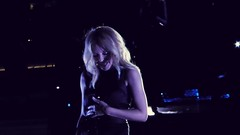 Devilish Kylie (SmartFireCat) Tags: devilish diablica kylie minogue f1 singapore singapour singapur singapura formula1singaporegrandprix formula grand prix padang stage escenario concierto concert konzert