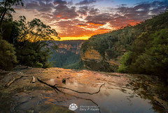 Top of Wentworth Falls Sunset.jpg (Gary Hayes) Tags: australia sunsrisesunset landscape cloudscapes newsouthwales bluemountains