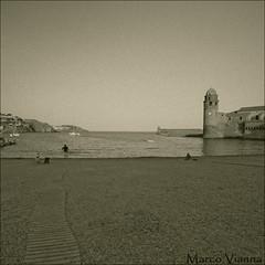 Collioure, France (m@®©ãǿ►ðȅtǭǹȁðǿr◄©) Tags: bw france blancoynegro canon monocromo sigma antoniomachado céret côtevermeille canoneos400ddigital languedocrosellón m®©ãǿ►ðȅtǭǹȁðǿr◄© sigma10÷20mmexdc collíoure marcovianna imagenesdefrancia fotosdefrancia collíoureplage