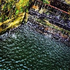 Caen Hill Locks, November 2012 (DaveOnFlickr) Tags: november 2012 caen caenhill caenhilllocks canal instagram