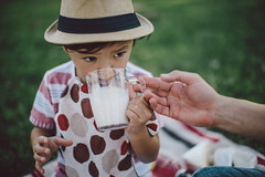 Aaron (supakali) Tags: california county ca family orange cup kids canon studio photography 50mm la photo milk los picnic photographer angeles drink bokeh aaron may drinking x tommy korean 1d 12 oc fay seo 1dx bokehlicious  mayfay