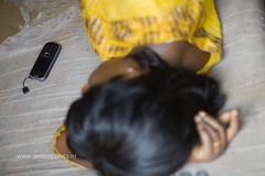 Cellphone use Ghana (Jan Bogaerts Fotografie) Tags: africa west mobile phone telephone cellphone talk cellular communication ghana afrika talking telefon development communications telefoon telecom westafrika afrique communicatie mobieltje provider fernsprecher ontwikkeling gesprek telefonie draadloos telefoonlijn