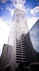 Solow building in the clouds (Yun Creative Labs) Tags: city trip sky usa newyork clouds america buildings bigapple tiltshift canon500d solowbuilding yuncreativelabs giuliascifoni