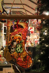 Stained Glass Stocking (Tom Ipri) Tags: christmas peddlersvillage