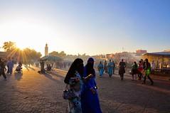 Marokko (bayernphoto) Tags: africa backlight desert el morocco atlas maghreb souk afrika orient markt essaouira marokko fes gegenlicht kasbah nomade marrakesch fna wueste moschee djemaa gewuerze marokkaner gauklerplatz koenigsstaedte