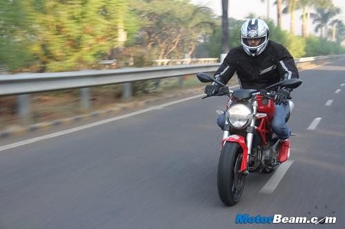 Ducati-Monster-795-66