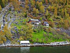 Vivir noms (Jesus_l) Tags: europa noruega fiordos jesusl