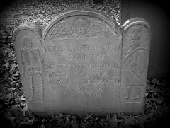 Deceased January 6, 1698/9 - Love that (Star Cat) Tags: cemetery grave graveyard stone skeleton death massachusetts rip tomb tombstone bones salem fathertime hourglass restinpeace wingedhead flyinghead oldburyingpoint charterstreetburialground timothylindall