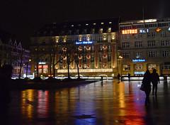abends in Köln (karinrogmann) Tags: rain reflections cologne köln colonia riflessi pioggia regen spiegelungen